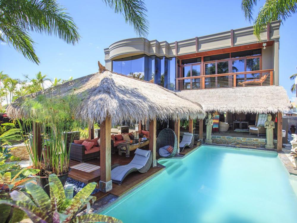 Amandari  - Luxurious Waterfront Oasis In The Heart of Surfers Paradise, Australia