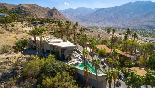 Boat House, Palm Springs On Sale For $1.95 Million