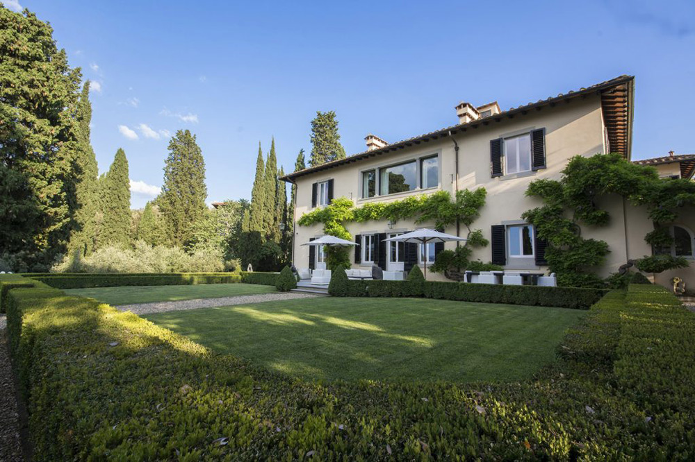 Magnificent Villa With Breathtaking Views of Florence On Sale