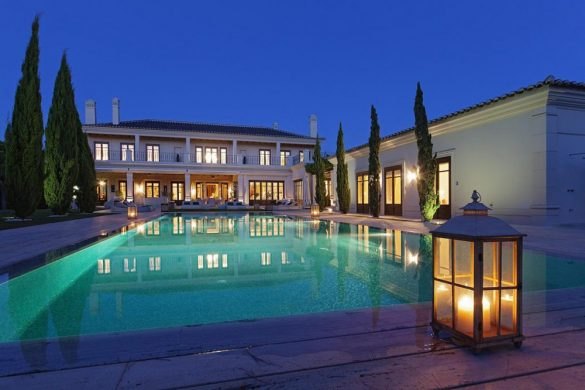 Lakefront Estate in Quinta do Lago On Sale For €15 Million