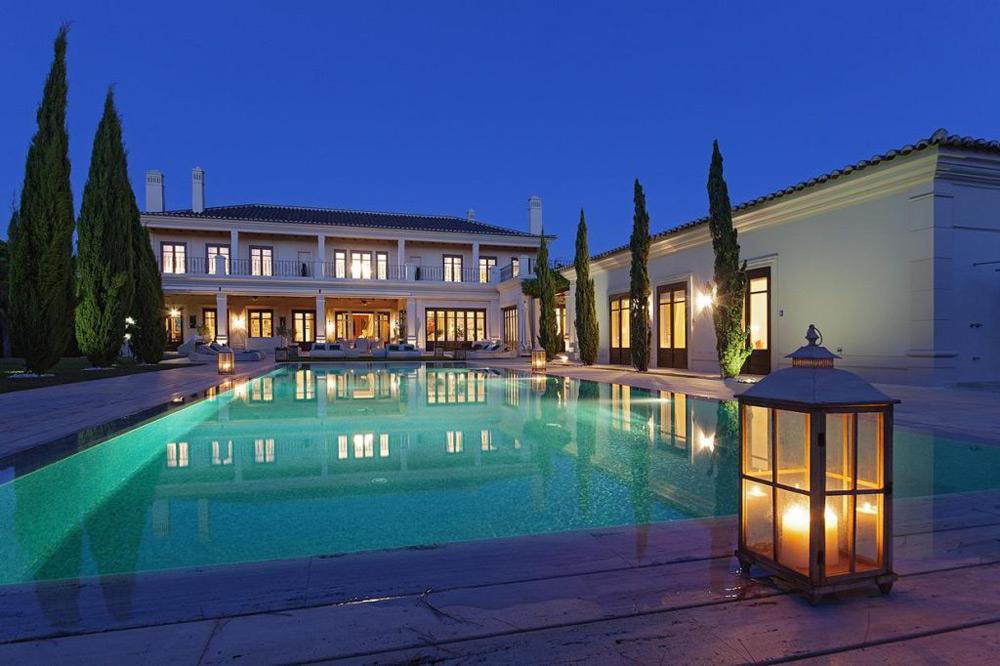 Lakefront Estate in Quinta do Lago On Sale For €15 Million