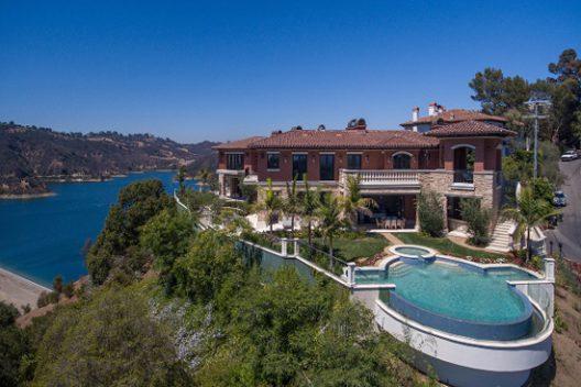 Bel Air Villa In Mediterranean Style