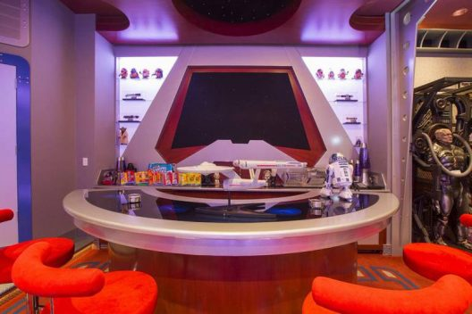 It Required 4 Years To Build And $1.5 Million - Star Trek Themed Home Theater