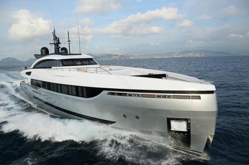 Columbus Yachts' ELEONORA III Sport Hybrid Superyacht