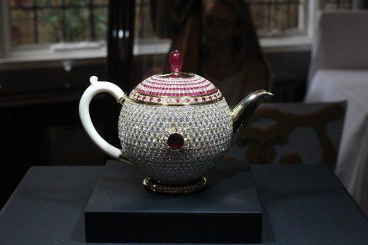 Egoist Teapot
