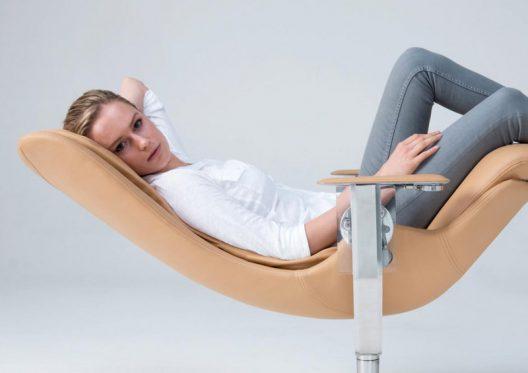 Elysium Chair That Defies Gravity
