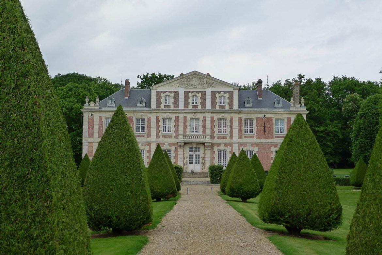 Extraordinary Chateau Near Paris