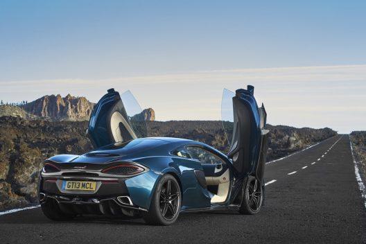 McLaren 570GT Pacific Blue