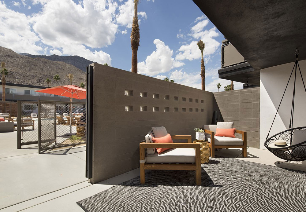 15 million makeover boutique hotel v palm springs for Design hotel palm springs