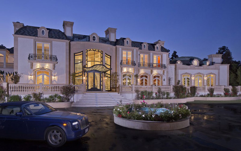 Magnificent Home In Beverly Hills