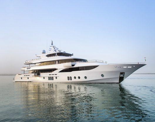 Majesty 155 Yacht
