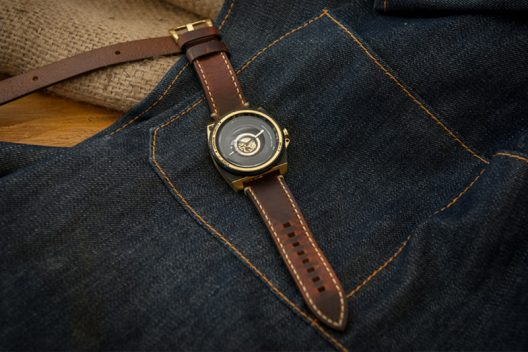 The TACS Automatic Vintage Lens Watch