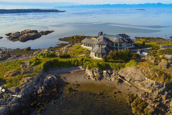 Victoria, B.C.'s Oceanfront Estate