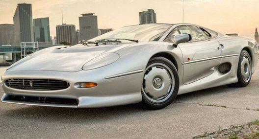 Jaguar Xj220 For Sale >> One Of Rare Jaguar Xj220 On Sale For 519 000 Extravaganzi