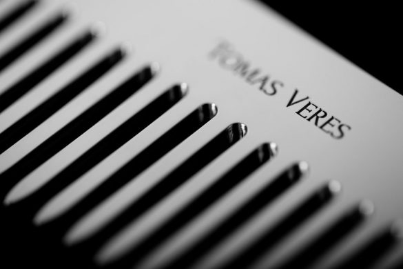 Tomas Veres Pantheon Comb