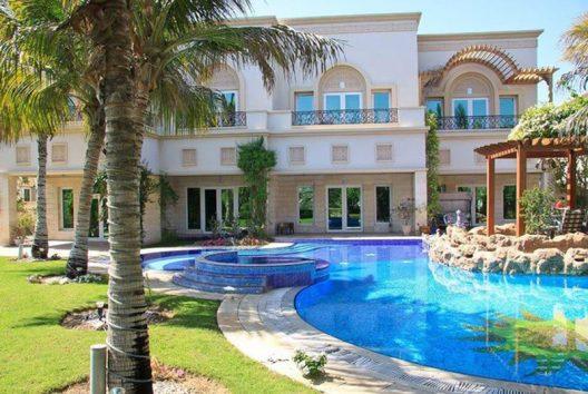 Dubai s top 10 most expensive homes in 2017 extravaganzi for Dubai luxury homes photos