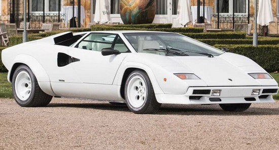 Gold Decorated Lamborghini Countach Goes Under The Hammer