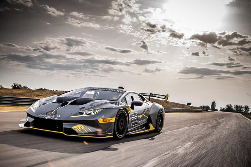 New Lamborghini Huracan Super Trofeo EVO