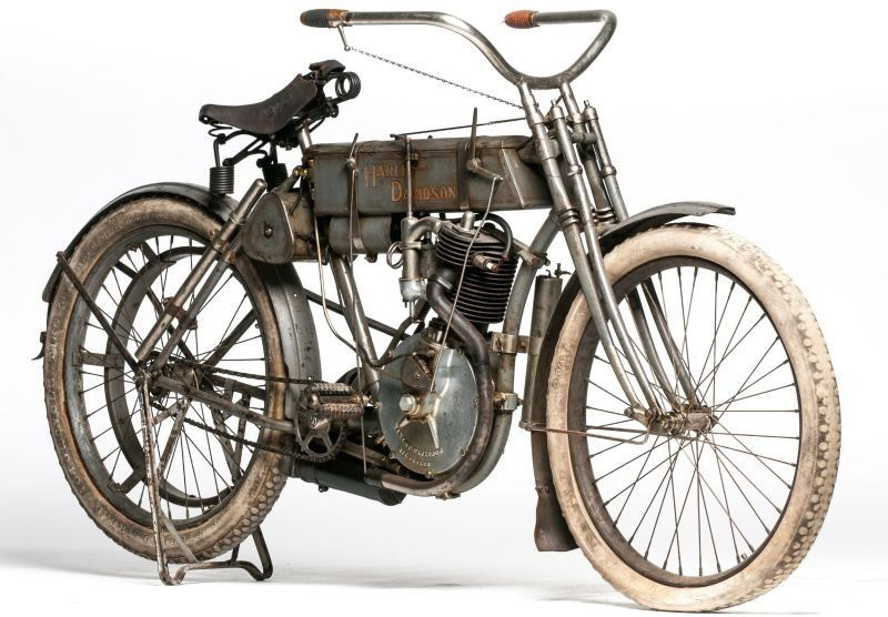 1907 Harley Davidson Strap Tank Sold For $650,000