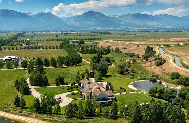 Bitterroot Valley Farmhouse In Montana On Sale For 27 5