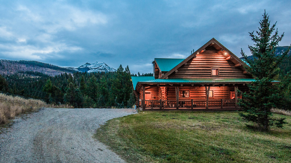 Lone view ranch in montana on sale for 16 9 million - What is a ranch house ...