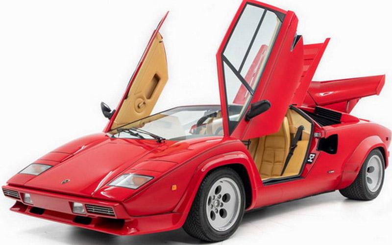 Mario Andretti Is Selling His Lamborghini Countach